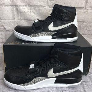 Nike Air Jordan Legacy 312 Sneakers Sz 11 Men'sNew